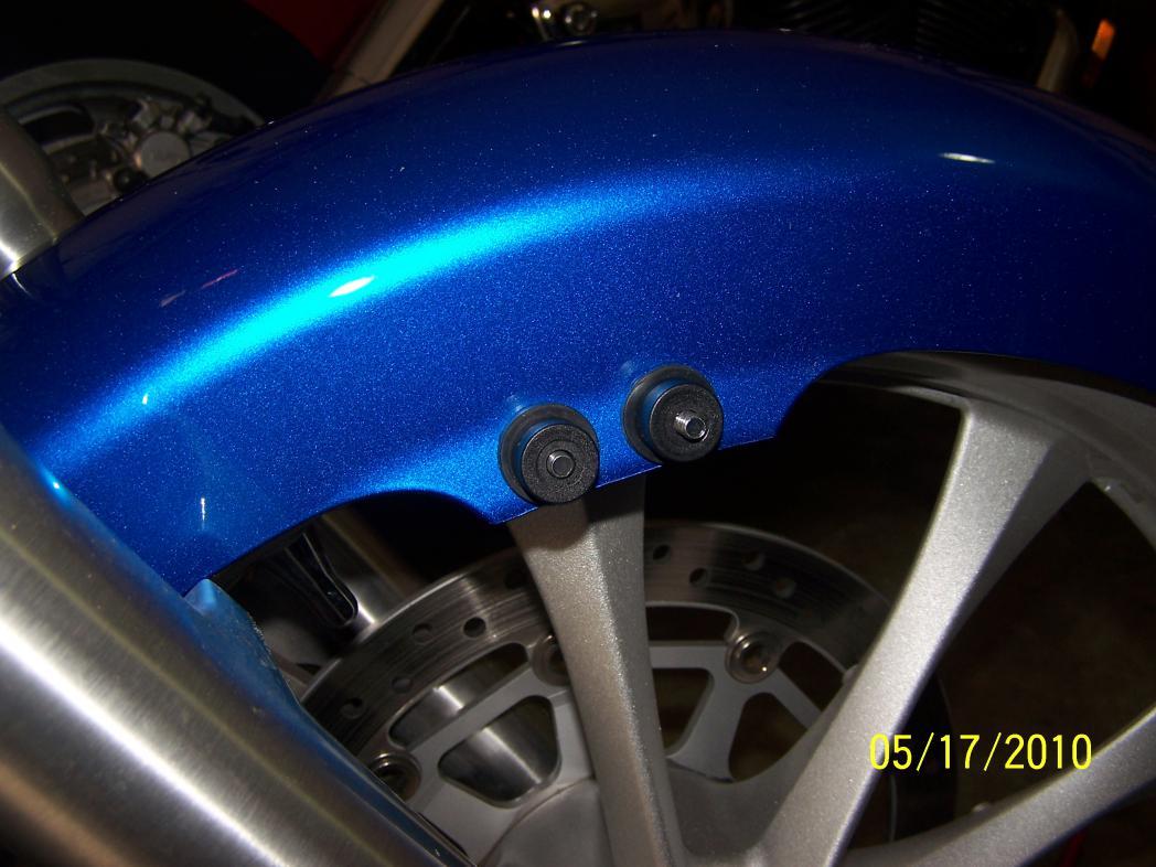 Front fender lowered-001.jpg