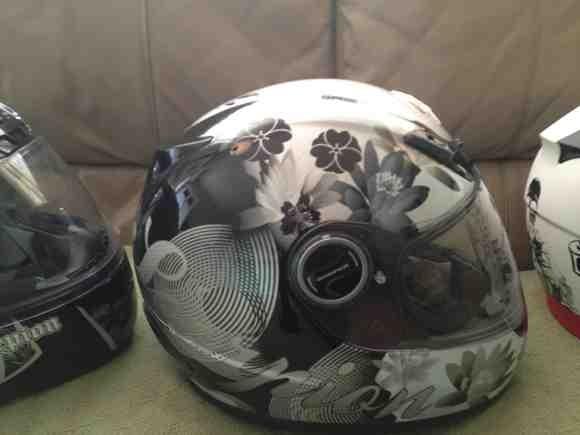 2 Scorpion Helmets-imageuploadedbymo-free1354652702.043927.jpg