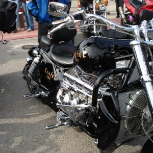 2009 SLO County Toy Run 004