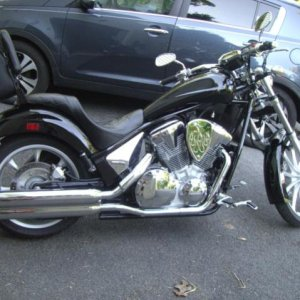 Swingwings / Big Air Kit (BAK)air intake with flames  /River Road sissy bar bag/custom sissy bar